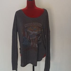 Lynard Skynard Rocker Band Graphic T Junk Food L